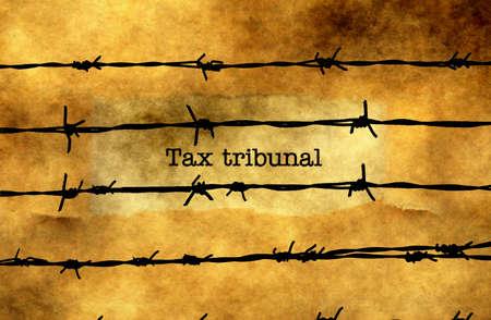 Tax Tribunal Text gegen barbwire