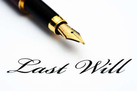 pluma de escribir antigua: Última voluntad Foto de archivo
