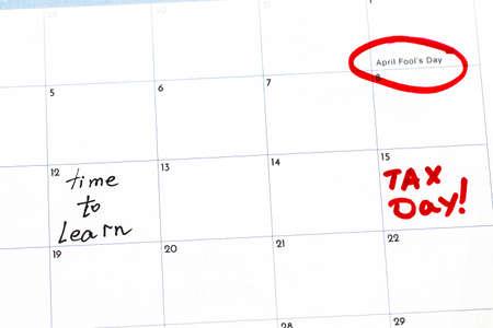 harmonize: Save the date written on the calendar.