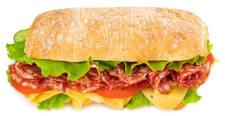 Ciabatta sandwich met sla, tomaten prosciutto en kaas geïsoleerd op een witte achtergrond.