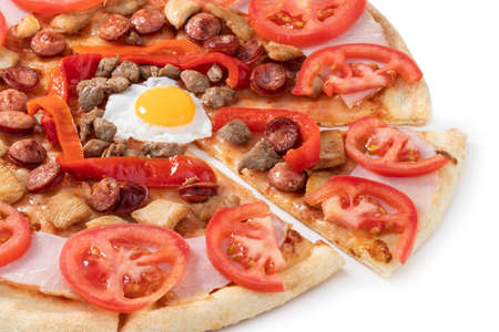 pizza with egg, ham, meat and tomatoes isolated on white background. Stockfoto