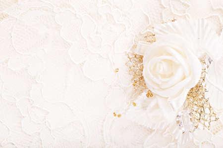 Bruiloft satijn witte roos