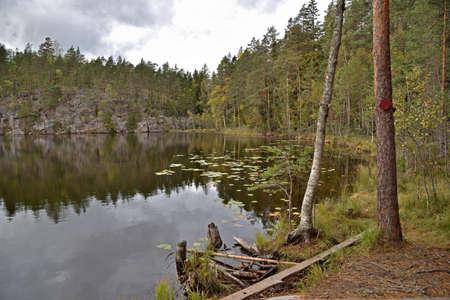 Lake Valklampi in Nuuksio National Park in Finland. Stockfoto