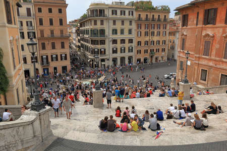 spagna: Rome, Italy - August 16, 2015: View from the Spanish Steps on a Spanish square Piazza di Spagna with Fountain of the Old Boat Fontana della Barcaccia