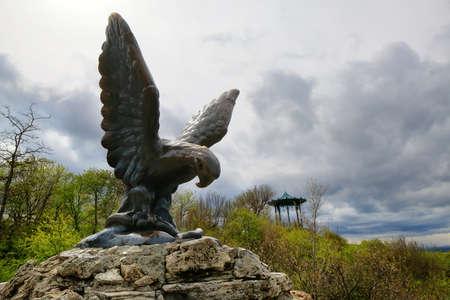 kavkaz: Bronze sculpture of the Eagle in Pyatigorsk.