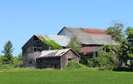 abandoned farmhouse abandoned farmhouse: Abandoned Farmhouse, Canada