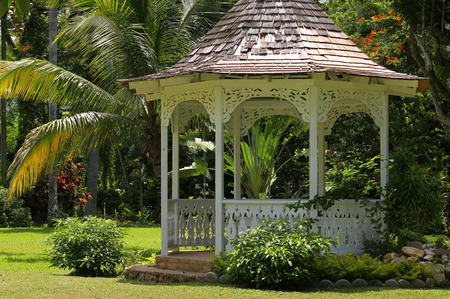 botanical gardens: Gazebo in Shaw Park Botanical Gardens, Jamaica