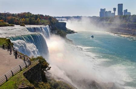 niagara falls city: Niagara Falls in autumn