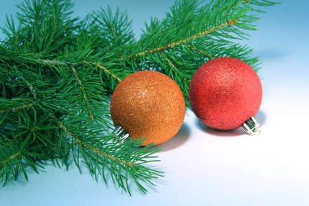 Albero di Natale con le palle Archivio Fotografico