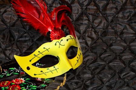 masque: mask at carnival