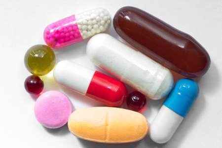 vitamin supplement capsules