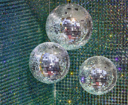 mirrored: disco ball sphere