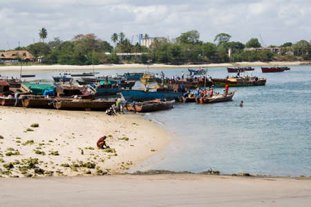 es: Fishing Boats close to Dar es Salaam