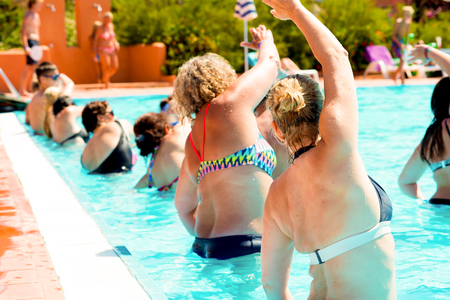 people doing acqugym in a resort Reklamní fotografie