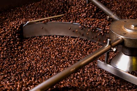 焙煎コーヒー、スクリーニング、ホッパーの冷却過程