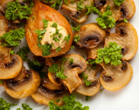 braised mushrooms: Baked chicken with mushrooms. Stock Photo
