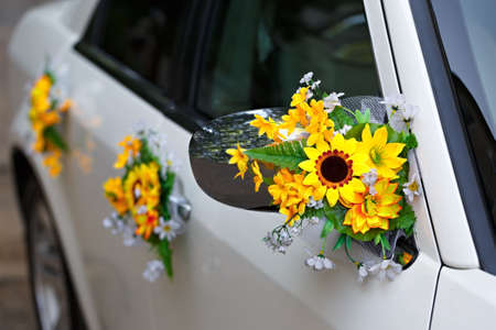 Decoration of the wedding car Banque d'images