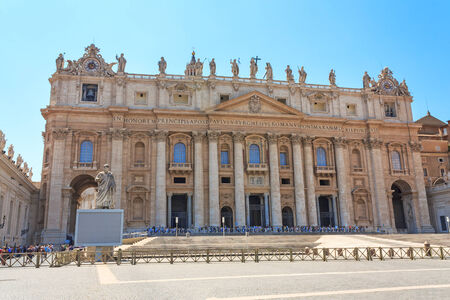 St. Peters Square at the Vatican Редакционное