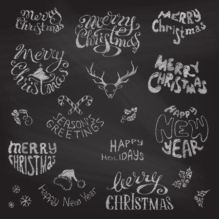메리 크리스마스, 해피 뉴 문자. 칠판 배경에 분필 손으로 그린 디자인 요소입니다.