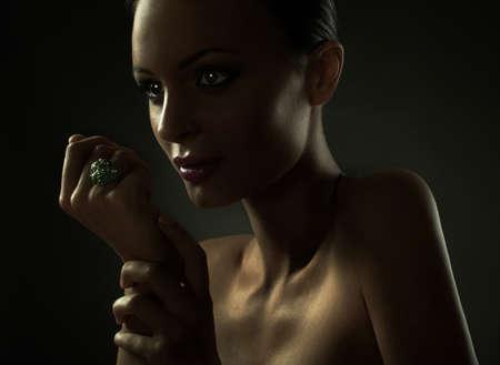 junge nackte m�dchen: Portr�t der Mode Frau Modell mit Sch�nheit hellen Make-up
