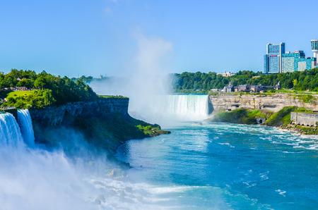Niagara Falls 에디토리얼