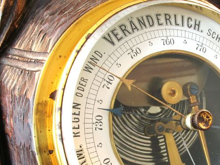 forniture: bar�metro viejo