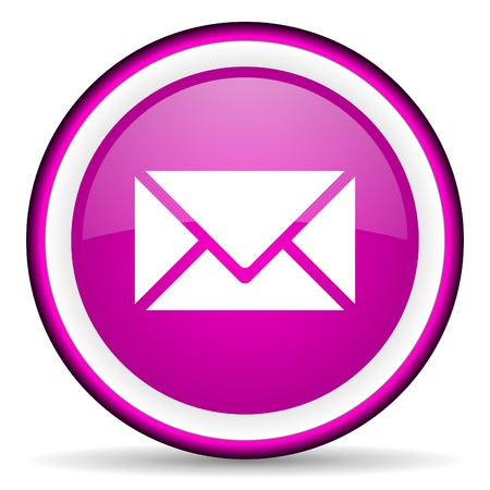 envelope with letter: mail icona viola lucido su sfondo bianco Archivio Fotografico