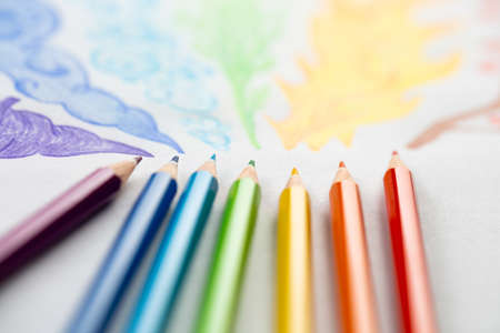 colored pencils on white background close-up in macro photography. art set of pencils with free space. Stockfoto