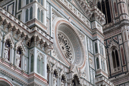 fiore: Santa Maria del Fiore close up, Florence, Italy