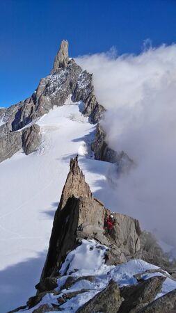 courmayeur: Clibing along the Marbrees ridge traverse, in the Mt.Blanc massif