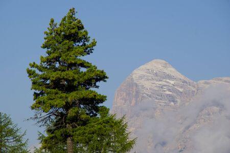 croci: Tofana di Rozes summit seen from Passo Tre Croci. Stock Photo