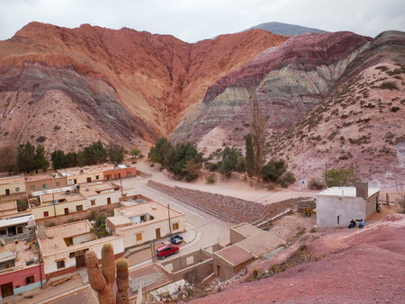 The Seven Colours Hill ( Cerro de los siete colores) at Purmamarca, Argentina 報道画像