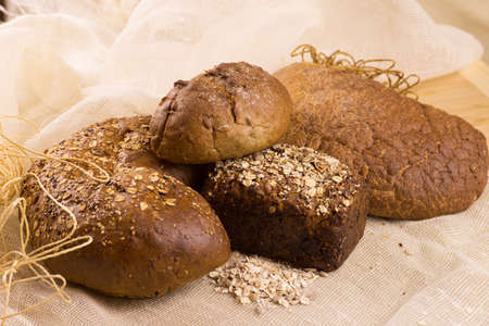 gold flax: grain bread with sunflower seeds