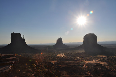 monument valley: Sunrise in Monument Valley