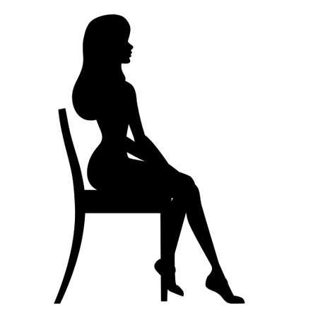 Schwarze Silhouette. Hübsche Frau in der Geschäftskleidung, die auf Holzstuhl sitzt.