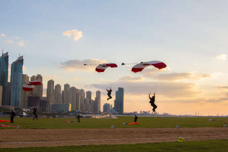 synchronous: synchronous landing Canadian team in international competitions Parachuting in Dubai