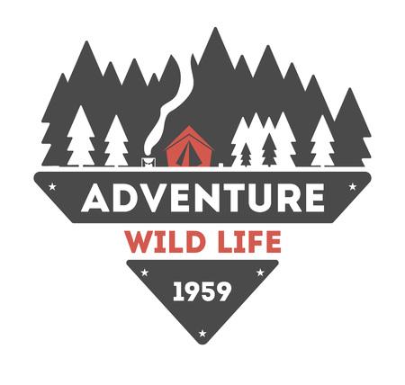 모험 야외 빈티지 고립 된 레이블 벡터 일러스트 레이 션. 여름 캠핑 기호입니다. 산 탐색기 아이콘입니다. 야생의 삶 개념입니다. 로고를 하이킹. 흰색 배경에 로고 캠핑 산 벡터 (일러스트)