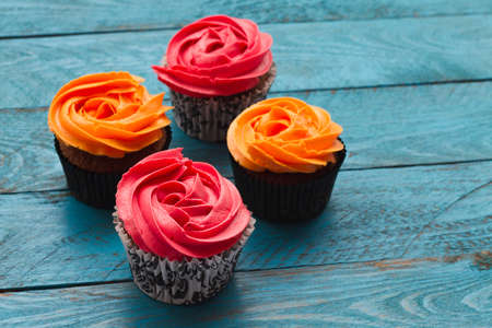 Orange cupcakes and strawberry flavor