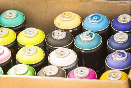 box ink spray paint
