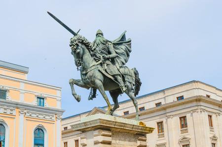 Cid Campeador jazda Babieca. Pomnik hiszpańskiej zabytkowej knigth Rodrigo Diaz de Vivar