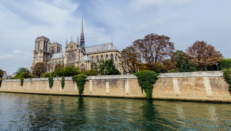 dame: Panoramic view of river seine and Notre Dame cathedral in Paris, France