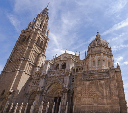 primate: Toledo. Facade of primate Saint Mary cathedral. Spain