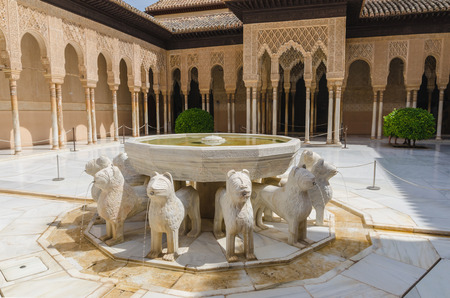 spain: Patio de los leones in Alhambra of Granada. Unesco monument. Granada, Andalusia, Spain Editorial