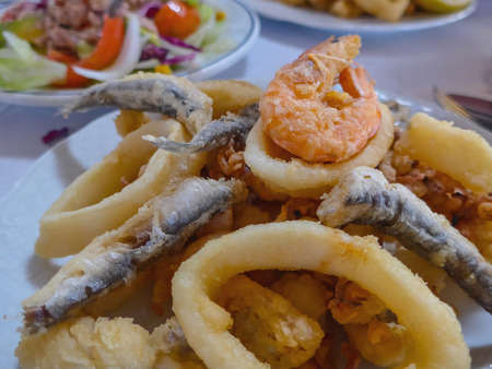 pescado: Typical spanish fried fish in the restaurant. Fried fish is very popular in spanish coasts. Fritura de pescado
