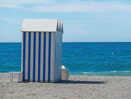 beach hut: Wooden beach hut àinted in white and blue. Mediterranean sea