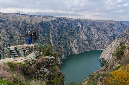 viewpoints: Two people in Mirador del Fraile. Arribes del Duero. Salamanca, Spain Stock Photo