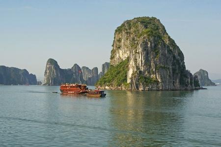 long bay: Ha Long Bay, Vietnam