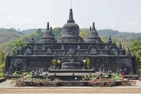 vihara: LOVINA, INDONESIA - OCTOBER 5, 2015: Monastery Brahma Vihara close to Lovina on October 5, 2015 in Bali, Indonesia, Asia