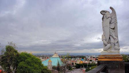 san miguel arcangel: Bas�lica de Guadalupe M�xico
