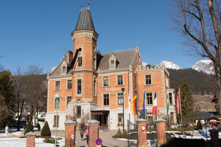 lodge: historically Sightseeing city hall in Schladming in the former hunting lodge - Austria